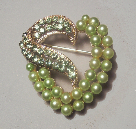 Green Imitation Pearl and Rhinestone Heart Brooch