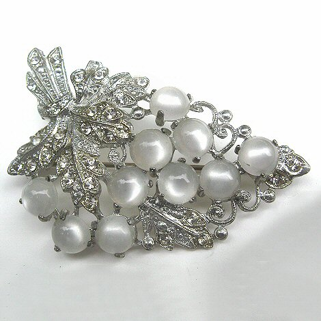 Moonglow and Rhinestone Grapes Brooch