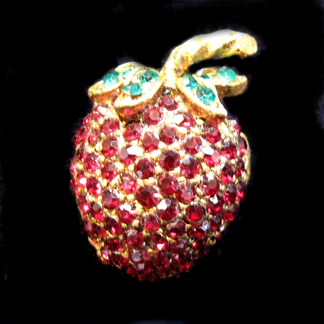 Red Red Strawberry Pin