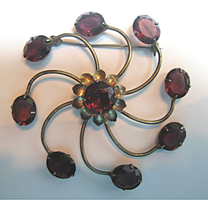 Dynamic Retro Sterling Pinwheel Brooch