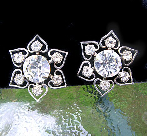 Dazzloing Snowflake and Hearts Rhinestone Screwback Earrings