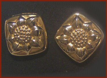 Liz Claiborne Sunflower Earrings