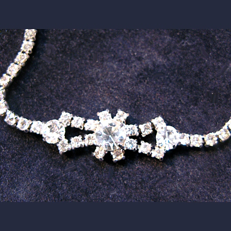 Rhinestone Bowtie Necklace