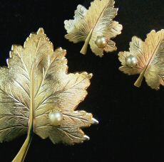Sarah Coventry Whispering Leaf Demi Parure