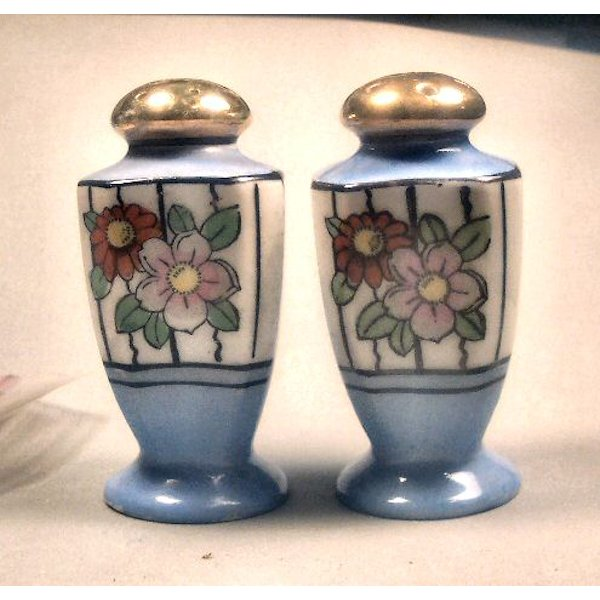 Made in Japan Handpainted Floral Salt Pepper Shakers